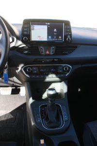 Hyundai_i30_CRDi_Auto_autoholix_10