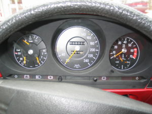 Mercedes Benz SLC 450 (W107) autoholix pic14