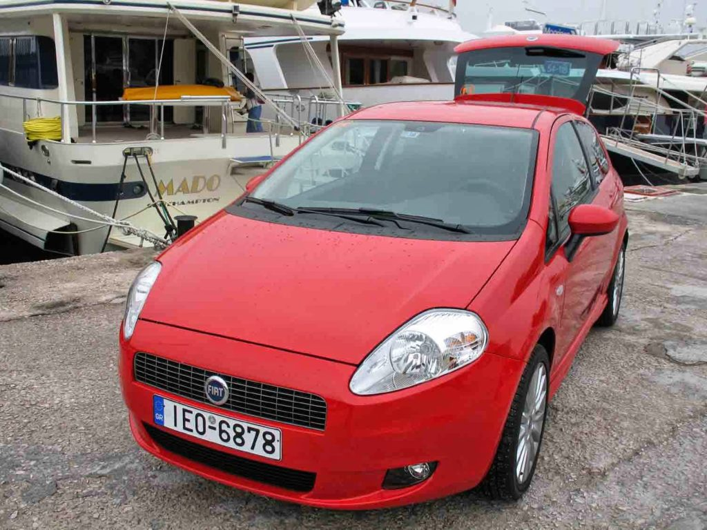 fiat grande punto 1 4 16 v my 2006 test drive autoholix. Black Bedroom Furniture Sets. Home Design Ideas