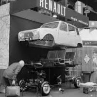 Renault_4_pic00