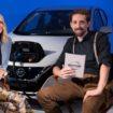Η Margot Robbie, πρέσβειρα Ηλεκτροκίνητων Οχημάτων της Nissan