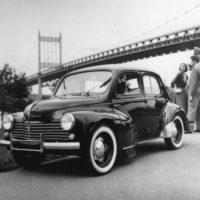 Renault-4-CV-10