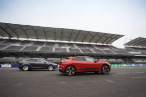 Jaguar I-PACE and Tesla Model X challenge - Autodromo Hermanos Rodriguez 5