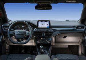 Ford_focus_1.0_125hp_st_line_autoholix_10