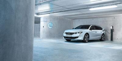 Nέα γκάμα ηλεκτροκίνητων sport οχημάτων Peugeot