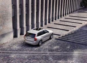 Volvo_Cars_011