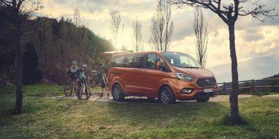 Ford Tourneo Custom – μεγαλύτερη ισχύ και υβριδική τεχνολογία