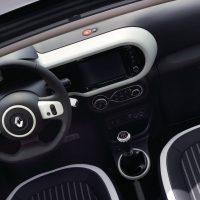 Renault TWINGO 03