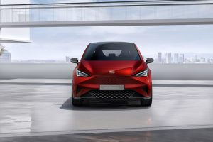 SEAT-el-Born-plugged-into-electric-mobility_03_HQ - Copy
