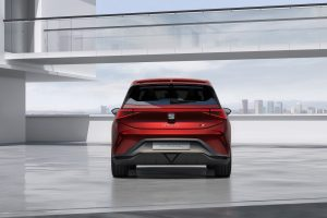 SEAT-el-Born-plugged-into-electric-mobility_05_HQ - Copy
