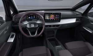 SEAT-el-Born-plugged-into-electric-mobility_09_HQ - Copy