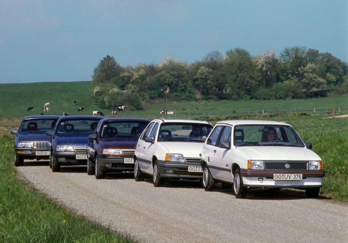 1989-Opel-Corsa-Kadett-Vectra-Omega-Senator-35515