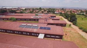Nissan provides South African school with sustainable energy01