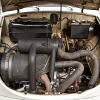 Trabant_600_engine_002