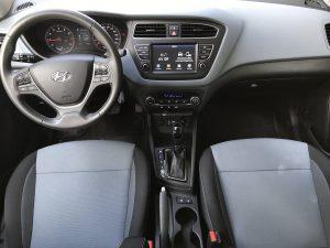 Hyundai_i20_autoholix_34