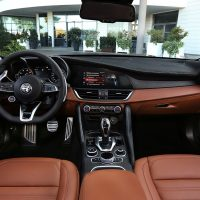Alfa Romeo_Giulia-Stelvio-MY2020_37