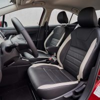 Nissan Versa 020