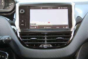 Peugeot_208_1.5_autoholix.016
