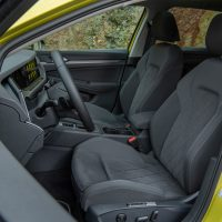 VOLKSWAGEN GOLF_Lemon Yellow_68