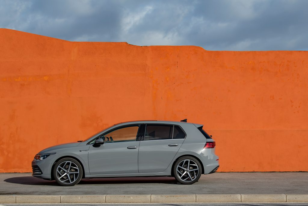 VOLKSWAGEN GOLF_Moonstone Grey_35