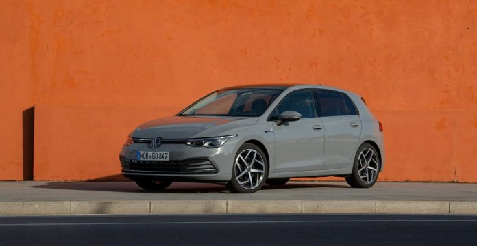 VOLKSWAGEN GOLF_Moonstone Grey_36