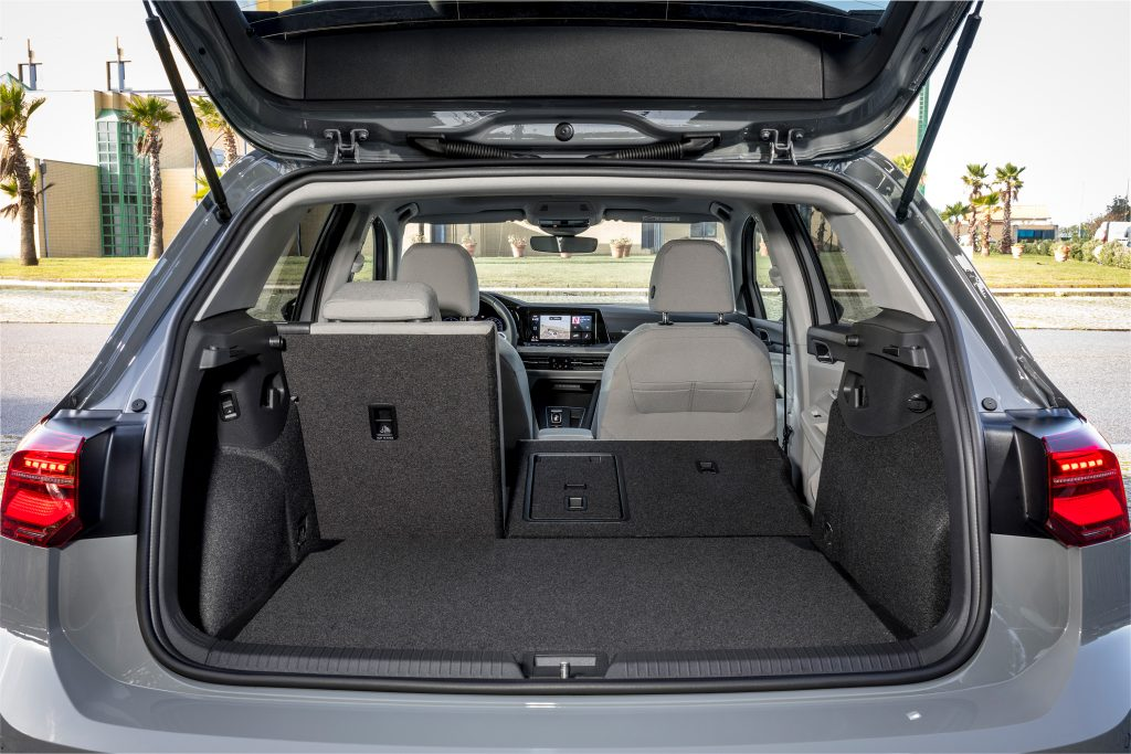 VOLKSWAGEN GOLF_Moonstone Grey_357