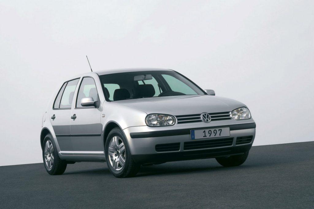 Volkswagen-Golf-IV-1997